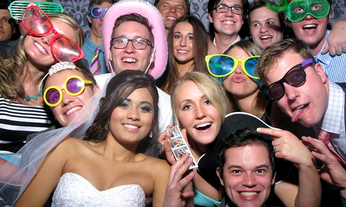 instant photo booth services